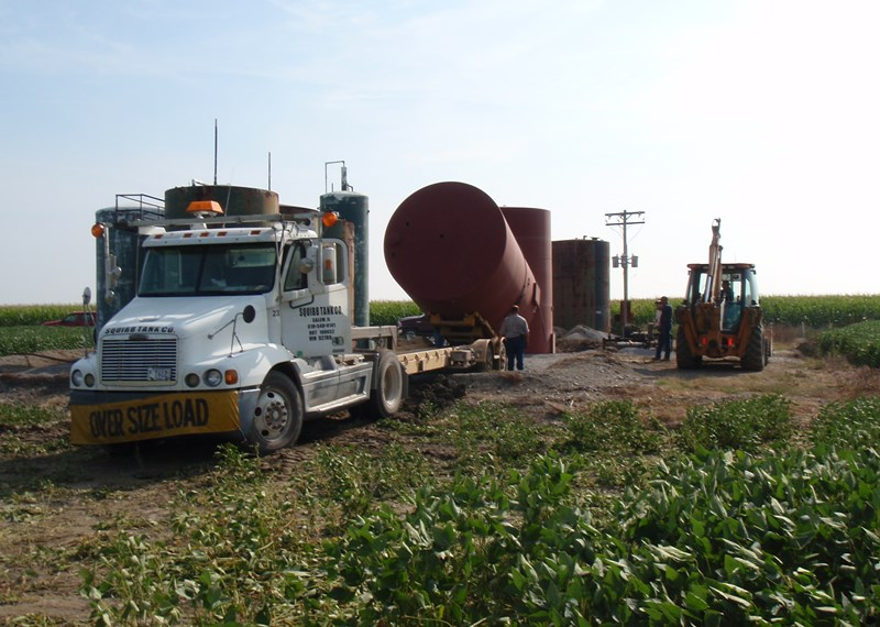 210 BBL Tank Delivery