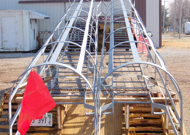 Safety Caged Ladder 35'